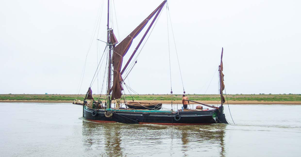SailBritainCoastlineProject_Barge